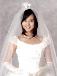 堀北真希 結婚 ドレス姿