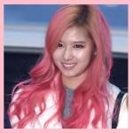 TWICE、サナの髪色がピンク色に変化!これまでの髪型まとめも